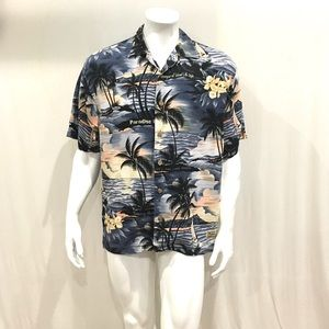Tommy Bahama Mens Beach Print Hawaiian Shirt